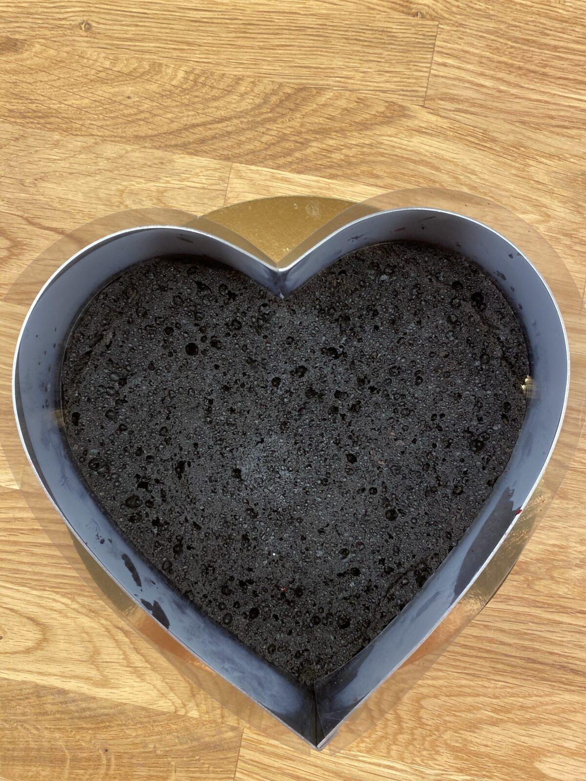 valentine's day cake 2